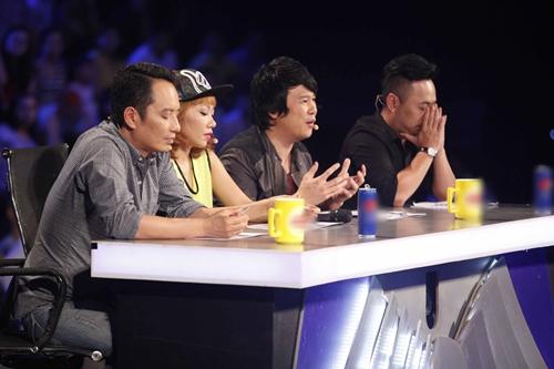 """BGK Vietnam Idol sử dụng quyền """"cứu"""" ngay Gala 2 - 5"""