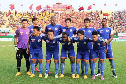 """Andy Cole cùng đội hình """"bứt phá phong độ"""" đối đầu than Quảng Ninh - 3"""