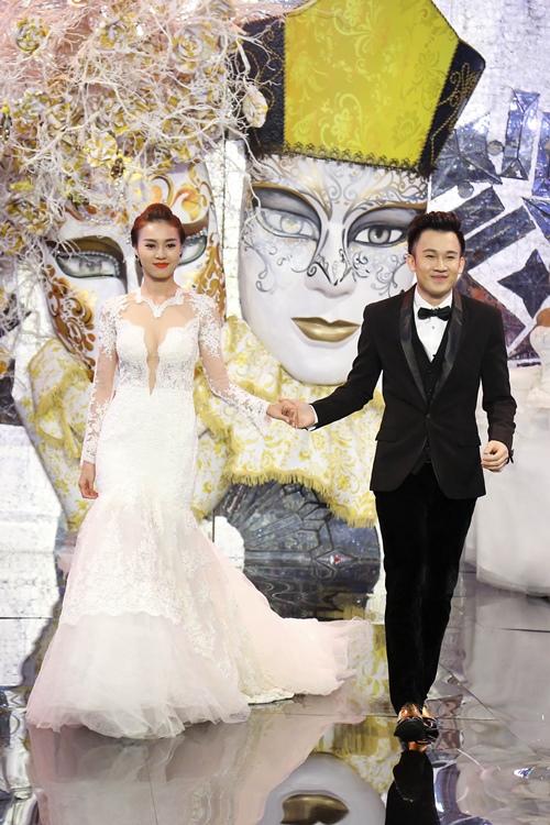 """Dương Triệu Vũ và Lan Ngọc """"kết hôn"""" trên sàn diễn - 7"""