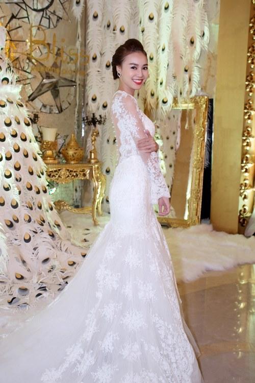 """Dương Triệu Vũ và Lan Ngọc """"kết hôn"""" trên sàn diễn - 11"""