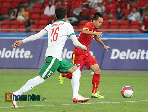 """U23 Việt Nam """"bùng cháy"""" trước U23 Indonesia tri ân CĐV - 3"""