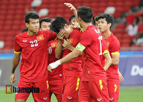 """U23 Việt Nam """"bùng cháy"""" trước U23 Indonesia tri ân CĐV - 6"""