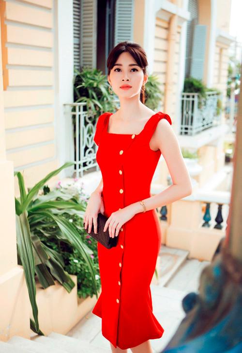 Hoa hậu Thu Thảo khoe dáng chuẩn nhờ váy bó sát - 2