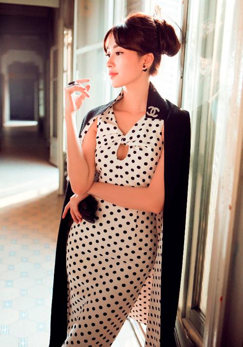 Hoa hậu Thu Thảo khoe dáng chuẩn nhờ váy bó sát - 7