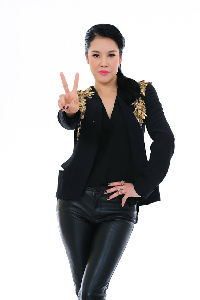 Giọng ca  Dòng sông lơ đãng  nhận được nhiều sự ủng hộ của khán giả khi ngồi ghế nóng Giọng hát Việt mùa thứ ba.