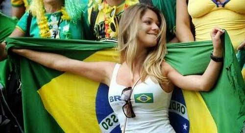 """Dàn mỹ nữ """"đốt cháy"""" Copa America 2015 - 12"""