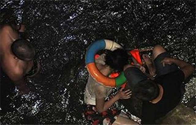 TQ: Khiếp đảm vì nhảy xuống sông thối tự tử - 2