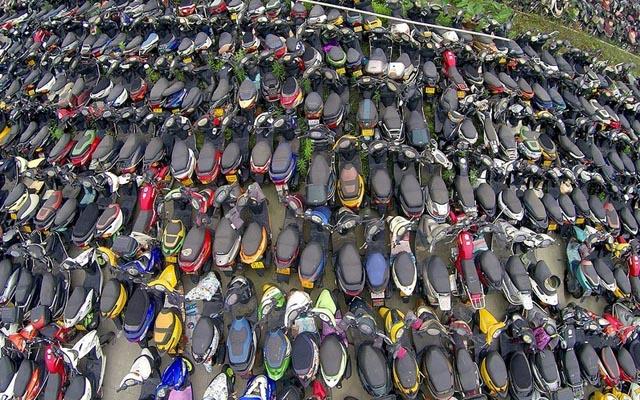 """""""Nghĩa địa"""" xe cộ khổng lồ trên khắp Trung Quốc - 5"""