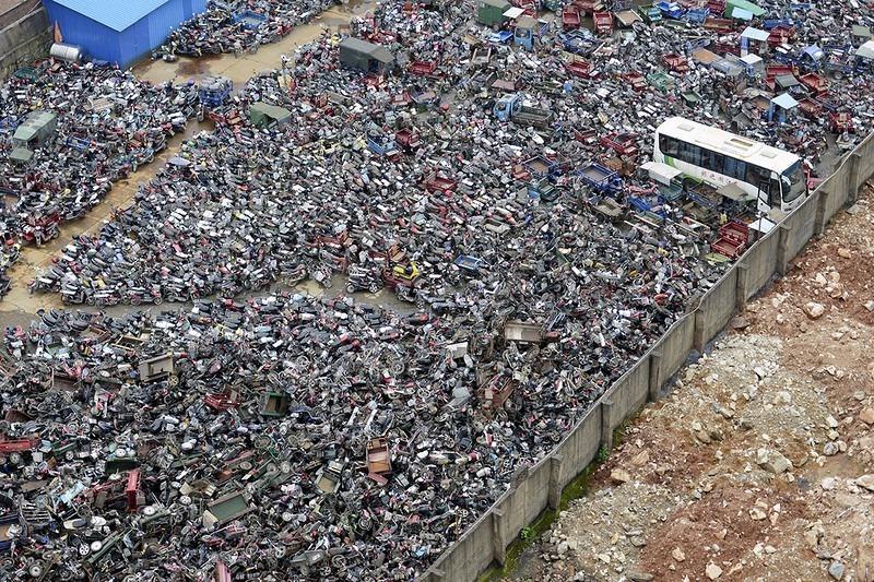 """""""Nghĩa địa"""" xe cộ khổng lồ trên khắp Trung Quốc - 8"""