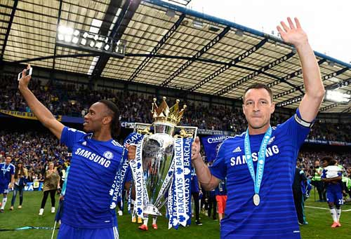 """Chelsea sắp phải """"sống nhờ"""" trong 3 năm - 2"""