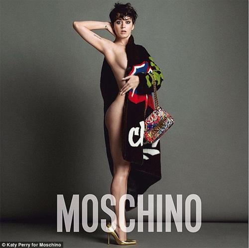 Katy Perry hở nửa người làm nàng thơ của Moschino - 1