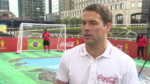 Owen chê MU chưa đủ trình độ để đá Champions League - 1