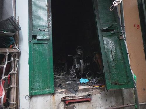 Từ vụ cháy 5 người chết: Cẩn trọng với nhà ống Hà Nội - 1