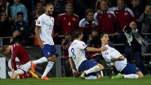 """Ronaldo bị CĐV quay lưng, vị thế ở ĐTQG """"lung lay"""" - 2"""