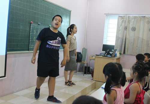 """""""Thần đồng"""" Nhật Nam trở thành thầy giáo của 1000 em nhỏ - 1"""