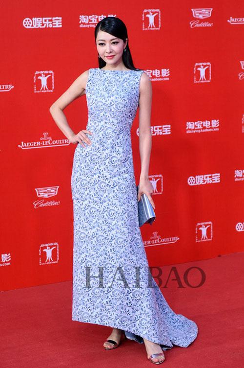 """12 chiếc váy """"ồn ào"""" nhất Liên hoan phim Thượng Hải - 12"""