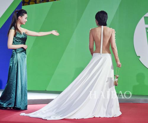 """12 chiếc váy """"ồn ào"""" nhất Liên hoan phim Thượng Hải - 5"""