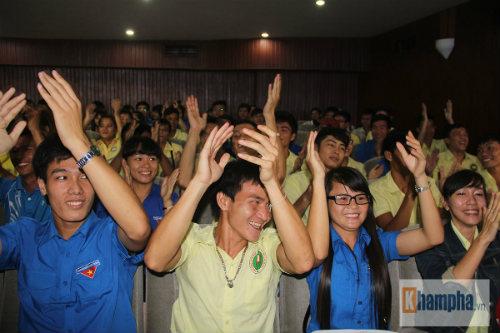 Giới trẻ TP.HCM cảm phục tấm gương sáng Ánh Viên - 7