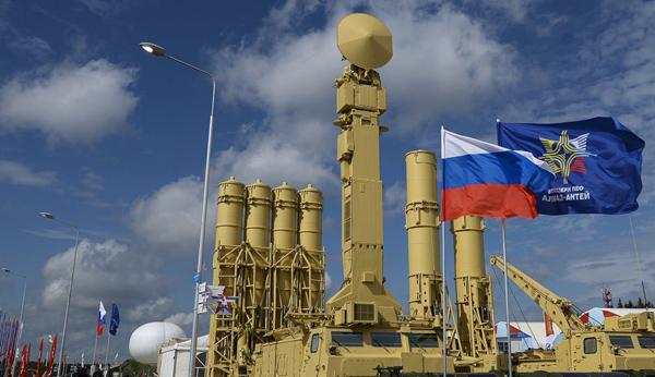 """Ngắm dàn vũ khí """"khủng"""" của Nga tại Triển lãm Army-2015 - 6"""