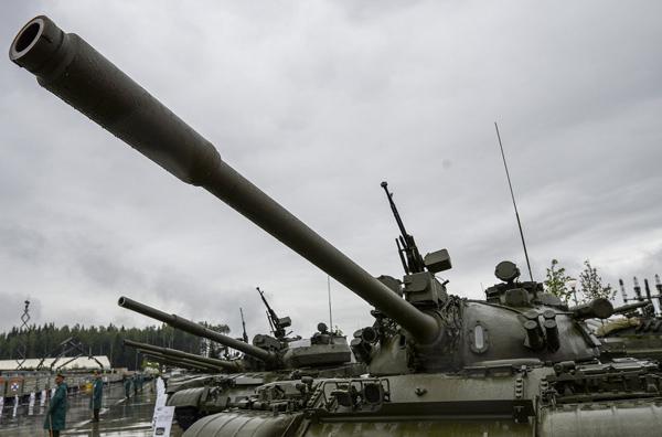 """Ngắm dàn vũ khí """"khủng"""" của Nga tại Triển lãm Army-2015 - 11"""