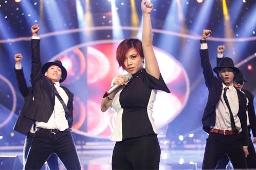 """""""Ma cà rồng"""" cá tính bất ngờ bị loại khỏi Vietnam Idol - 3"""