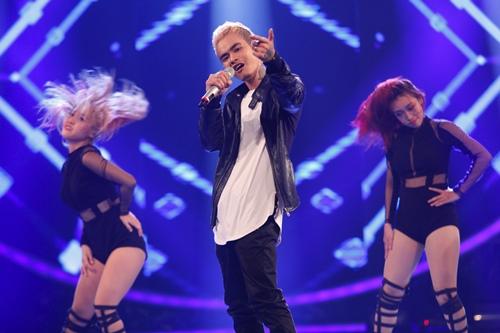 """""""Ma cà rồng"""" cá tính bất ngờ bị loại khỏi Vietnam Idol - 1"""