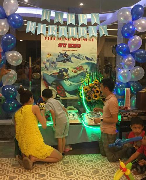 Hà Hồ, Quốc Cường vui vẻ trong sinh nhật con trai - 2