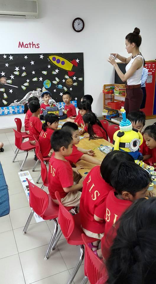 Hà Hồ, Quốc Cường vui vẻ trong sinh nhật con trai - 5