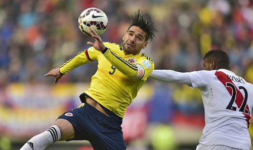 """Falcao tịt ngòi: Mourinho đang đùa với """"lửa"""" - 1"""