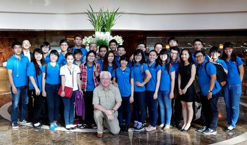 Cơ hội nhận bằng Cử nhân quốc tế tại Việt Nam - 2