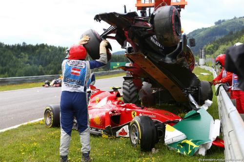 Austrian GP: Rosberg và Mercedes thống trị - 2