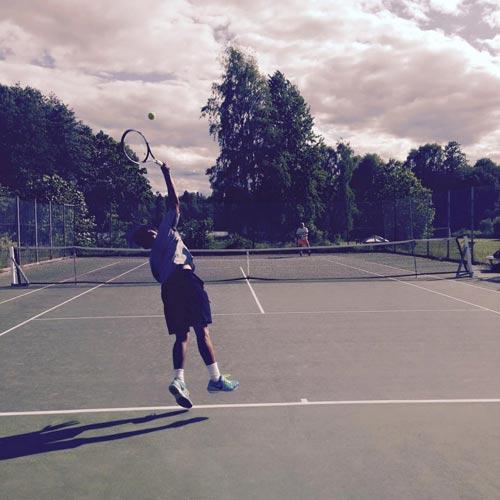 Hoàng Nam xếp hạt giống số 9 Wimbledon trẻ - 1