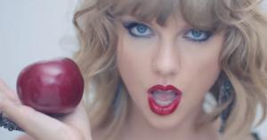 "Taylor Swift dọa ""tẩy chay"" Apple"