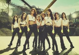 """Wonder Girls và SNSD """"lột xác"""" sau 9 năm"""