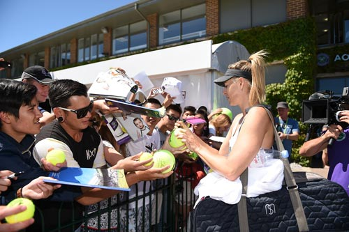 Wimbledon ngày 2: Cú sốc của mỹ nhân tennis - 6