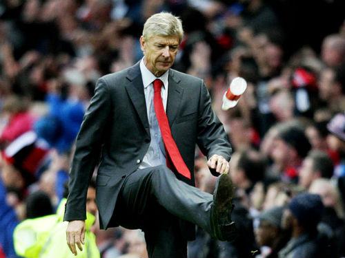 Arsenal lại chao đảo vì sở thích quái gở của Wenger - 1