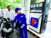 Thị trường - Tiêu dùng - Áp thuế nhập khẩu xăng dầu sai: Xử lý cán bộ thế nào?