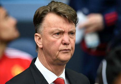 Van Gaal thừa nhận có thể bị MU sa thải cuối mùa - 1