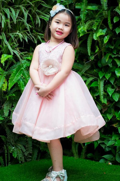 Ca sĩ Thu Phượng rạng rỡ bên con gái - 4
