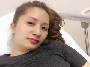 Ca nhạc - MTV - Facebook sao 2.4: Khánh Thi nhập viện khiến fan lo lắng