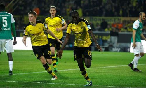 Dortmund - Bremen: Bừng tỉnh đúng lúc - 1