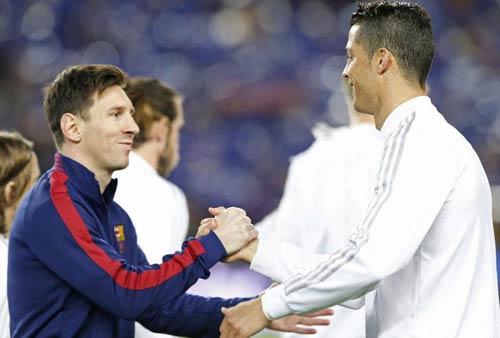 """Điểm nhấn El Clasico: Ronaldo lộ """"ảnh nóng"""" - 2"""