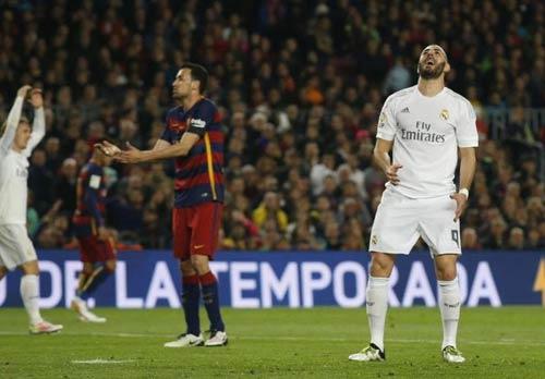 """Điểm nhấn El Clasico: Ronaldo lộ """"ảnh nóng"""" - 11"""