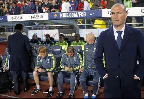 """Điểm nhấn El Clasico: Ronaldo lộ """"ảnh nóng"""" - 3"""