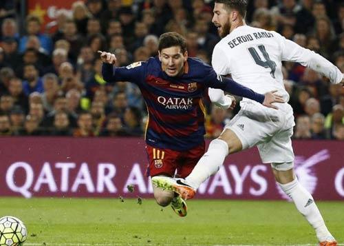 """Điểm nhấn El Clasico: Ronaldo lộ """"ảnh nóng"""" - 10"""