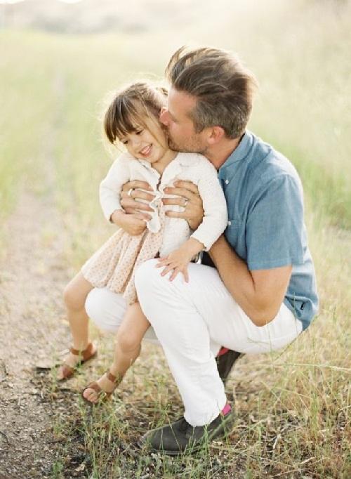 Khoảnh khắc tuyệt đẹp của cha và con - 2