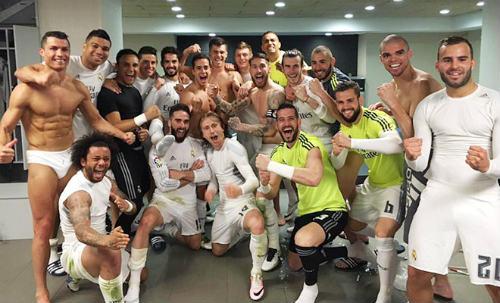"""Điểm nhấn El Clasico: Ronaldo lộ """"ảnh nóng"""" - 1"""