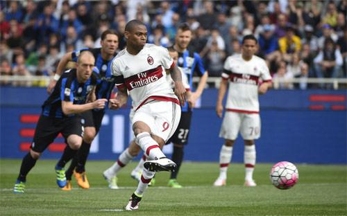 Atalanta - Milan: Cú vô-lê siêu đẳng - 1