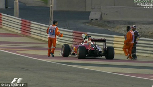 F1, Bahrain GP: Vận đen Vettel, bản lĩnh Rosberg - 1