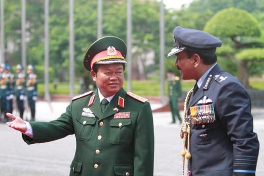 Đề cử Tổng tham mưu trưởng Đỗ Bá Tỵ làm Phó Chủ tịch QH - 1